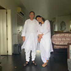 पिता के अस्पताल से लौटने पर खुश हुईं अंकिता लोखंडे