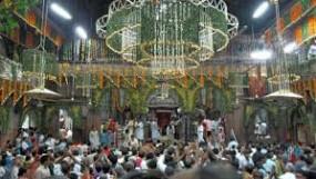 मथुरा का बांके बिहारी मंदिर फिर से खुला