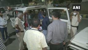बिहार: पटना कांग्रेस मुख्यालय पर आयकर विभाग का छापा, परिसर के बाहर कार से 8.5 लाख रुपए बरामद, सुरजेवाला से भी पूछताछ