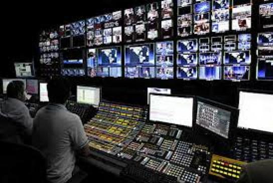 केंद्र सरकार ने कहा - इलेक्ट्रॉनिक मीडिया पर नियंत्रण की पर्याप्त व्यवस्था, मीडिया ट्रायल का समर्थन नहीं