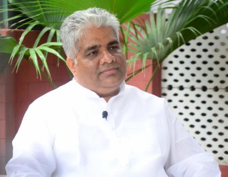 चिराग को भ्रम में नहीं रहना चाहिए, भाजपा नीतीश के साथ : भूपेंद्र