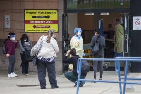 कनाडा में कोरोना के दैनिक मामलों में वृद्धि जारी