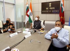 रक्षामंत्री राजनाथ ने चीन-पाकिस्तान मिलीभगत की ओर किया इशारा