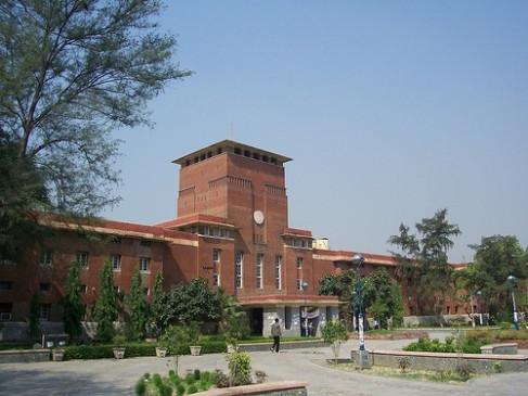 दिल्ली विवि : प्रवेश परीक्षा के लिए 500 वोलंटियर किए जाएंगे तैनात