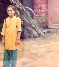 दीया मिर्जा ने साझा की बचपन की तस्वीर