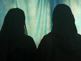 दुबई : भारतीय-पाकिस्तानी दंपति की बेटियों को भारतीय पासपोर्ट का इंतजार