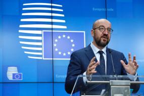 यूरोपीय संघ के नेताओं ने फ्रांस में आतंकवादी हमलों की निंदा की