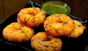 Falahari Vada: व्रत में बनाएं समा चावल के फलाहारी वड़ा, जानें रेसिपी
