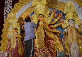 एफबी, इंस्टाग्राम ने दुर्गा पूजा के लिए लॉन्च किए एआर फिल्टर्स, जीआईएफ और हैशटैग्स