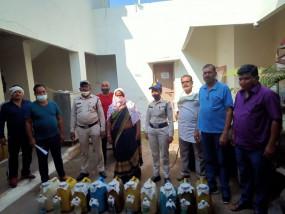 अवैध शराब के साथ महिला तस्कर गिरफ्तार, 150 लीटर शराब जब्त