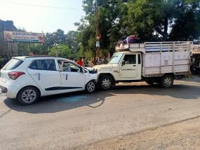 अलग-अलग सड़क हादसों में पांच की मौत, 8 घायल
