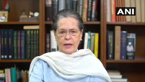 बापू-शास्त्री की जयंती: सोनिया गांधी ने मोदी सरकार पर साधा निशाना, कहा- अन्नदाताओं के साथ घोर अन्याय कर रहे PM