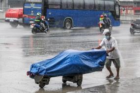 तूफान मोलावे ने फिलीपींस में बरपाया कहर, 13 लापता