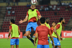 भारतीय फुटबॉल सही दिशा में आगे बढ़ रहा है : आदिल खान