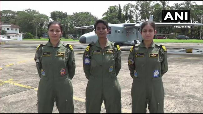 Indian Navy : नौसेना ने तैयार किया तीन महिला पायलटों का पहला बैच, डॉर्नियर विमान उड़ाने की जिम्मेदारी मिली