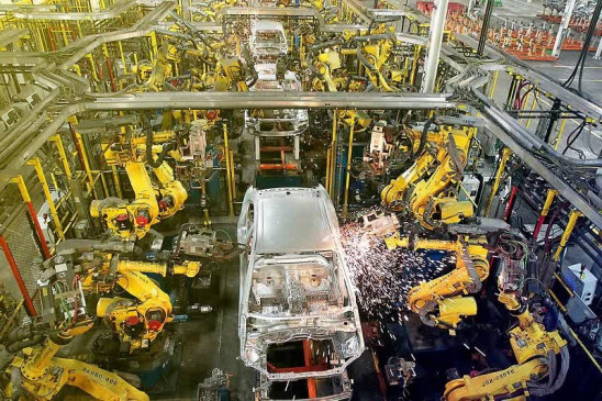 Industrial production: इंडस्ट्रियल प्रोडक्शन अभी भी निगेटिव जोन में, अगस्त में आई 8 प्रतिशत की गिरावट