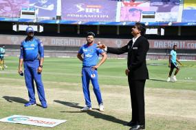 IPL-13 MI VS DC: दिल्ली को दूसरा झटका लगा, धवन के बाद पृथ्वी शॉ पवेलियन लौटे, बोल्ट ने 2 विकेट लिए