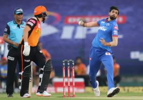 IPL 2020: दिल्ली कैपिटल्स को लगा दूसरा बड़ा झटका, अमित मिश्रा के बाद अब ईशांत शर्मा चोट के कारण टूर्नामेंट से बाहर