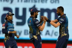 KXIP vs MI LIVE: पंजाब को लगा तीसरा झटका, केएल राहुल लौटे पवेलियन, मुंबई ने पंजाब को 192 रन का टारगेट दिया