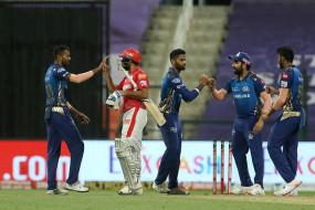 KXIP vs MI: मुंबई इंडियंस ने किंग्स इलेवन पंजाब को 48 रन से हराया, रोहित शर्मा ने खेली 70 रन की पारी