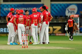 KXIP vs SRH Live Score: हैदराबाद ने 9 रन के अंतराल में गंवाए 3 विकेट, 7 रन बनाकर पवेलियन लोटे अब्दुल समद