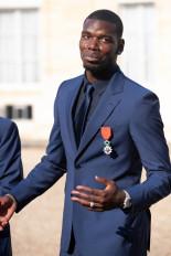 फुटबॉल: मैनचेस्टर युनाइटेड ने बढ़ाया पॉल पोग्बा का करार