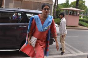 मिर्जापुर की सांसद ने की मिर्जापुर 2 पर प्रतिबंध लगाने की मांग