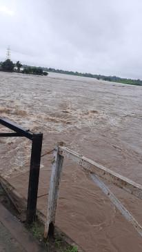 मानसूनी बारिश खत्म लेकिन बरगी बाँध में अब भी आ रहा पानी, सभी गेट बंद किये गये