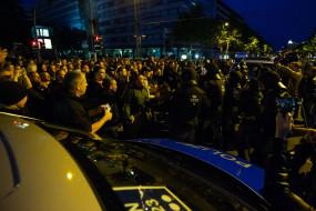 प्राग में कोविड-19 प्रतिबंधों के खिलाफ प्रदर्शन करते 100 से ज्यादा लोग गिरफ्तार