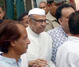 मुस्लिम नेता की रस्म पगड़ी से यूपी के मौलवियों में नाराजगी