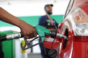 Fuel Price: पेट्रोल-डीजल के दाम में आज नहीं हुआ बदलाव, जानें कीमत