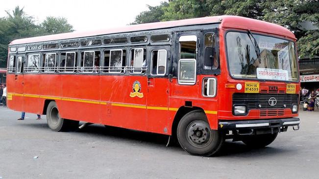 एसटी बसों के यात्रियों में सेंध लगा रहे निजी बस चालक