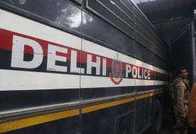 दिल्ली पुलिस स्टेशन के सामने विरोध कर रहे प्रदर्शनकारी गिरफ्तार
