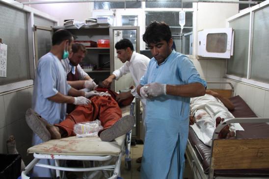 अफगानिस्तान में पाकिस्तानी वीजा के लिए मची भगदड़, 12 महिलाओं की मौत