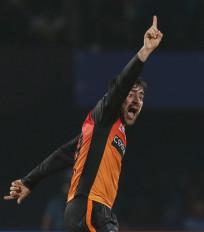 राशिद खान ने की मुरलीधरन के गेंदबाजी एक्शन की नकल