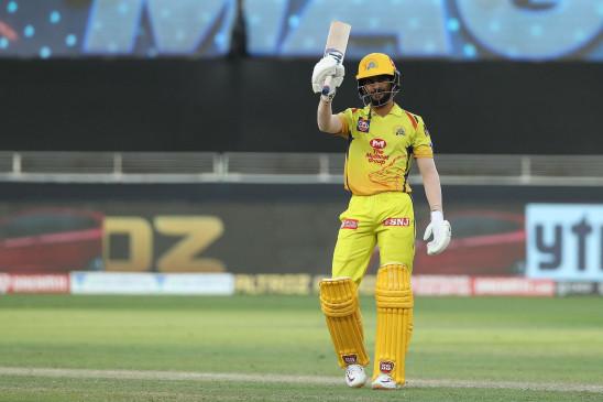 RCB vs CSK: चेन्नई ने बैंगलोर को 8 विकेट से हराया, गायकवाड़ का आईपीएल में पहला अर्धशतक