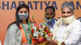 Bihar: BJP में शामिल हुईं शूटर श्रेयसी सिंह, अमरपुर या जमुई से चुनाव लड़ सकती है