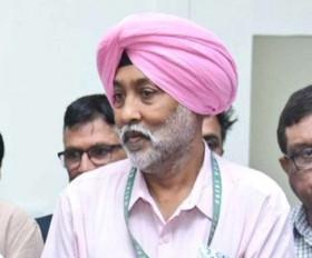 खेल मंत्री ने पूर्व हॉकी खिलाड़ी एमपी सिंह की मदद का किया वादा