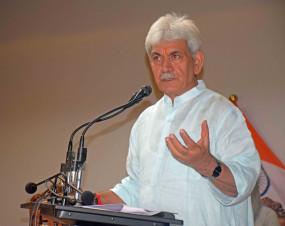जम्मू-कश्मीर में नीट टॉपर की सफलता सकारात्मक बदलाव लाएगी : उपराज्यपाल