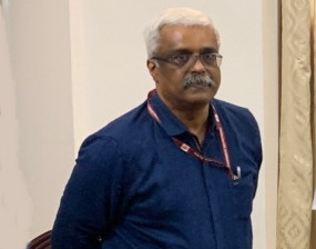 केरल के निलंबित आईएएस अधिकारी 24 घंटे तक रहेंगे चिकित्सा निगरानी में