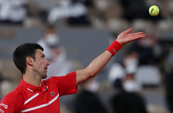 टेनिस रैंकिंग : जोकोविच शीर्ष पर कायम, स्वितेक ने लगाई 37 स्थान की छलांग