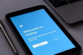 ट्विटर ने कोराना से खुद को इम्यून बताने वाले ट्रंप के ट्वीट को फ्लैग किया