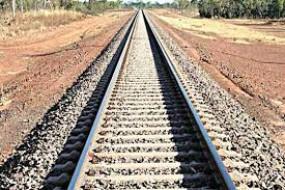 ट्रेन के सामने कूदकर दो महिलाओं ने की आत्महत्या