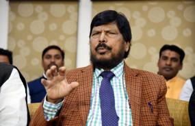 हाथरस जाएंगे केंद्रीय राज्य मंत्री रामदास आठवले, आरोपियों को फांसी देने की मांग