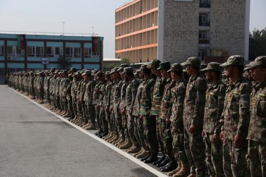 अफगान सेना में शामिल हुए 1,279 प्रशिक्षित युवा