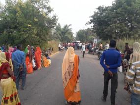तीन सड़क हादसों में 14 लोगों की गई जान - कटनी में 4 व सतना में 7 लोगों की मौत ,छतरपुर में तीन