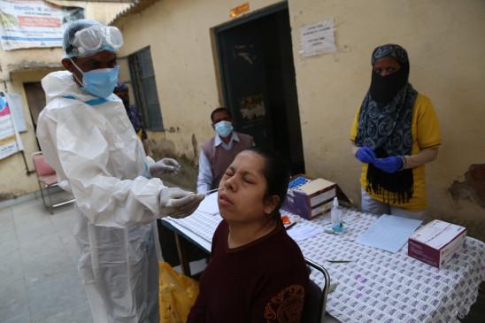 भारत में दिवाली के बाद कोविड के नए मामलों में 30 प्रतिशत वृद्धि