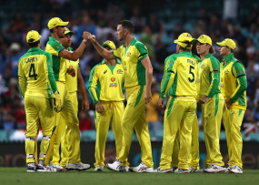 AUS VS IND 1st ODI: ऑस्ट्रेलिया दौरे पर टीम इंडिया की खराब शुरुआत, पहले वनडे में कंगारुओं ने 66 रन से हराया