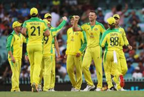 AUS VS IND 2nd ODI Live: भारत का तीसरा विकेट गिरा, धवन-मयंक के बाद अय्यर भी पवेलियन लौटे