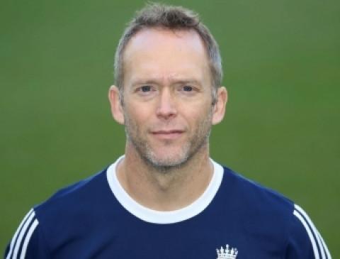 बारनेस बनाए गए आयरलैंड क्रिकेट टीम के सहायक मुख्य कोच